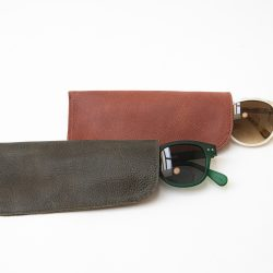 POL, choco and tile color leather glasses case, BONENFANT atelierPOL, black and tile color leather glasses case, BONENFANT atelier