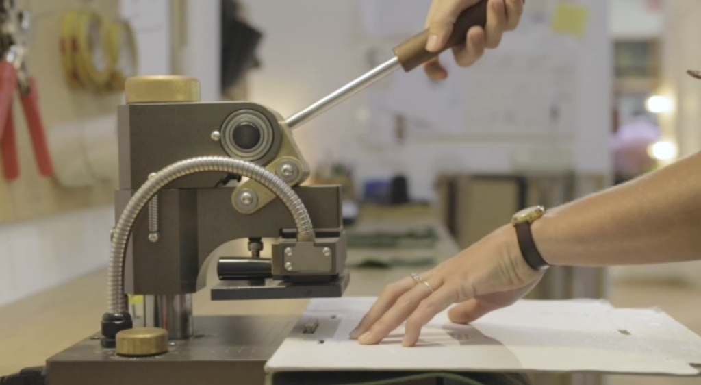 hot stamping machine leather | Bonenfant Atelier
